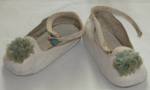 Baby Shoes; 1977-0339-1