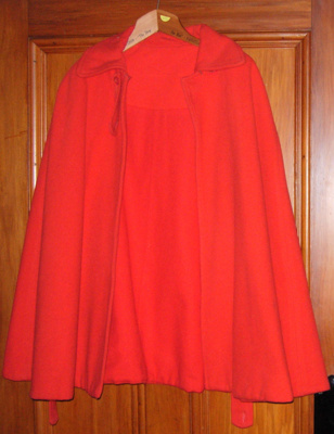 Red Cross Cape; 1980-1071-1