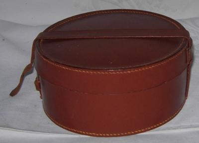 Leather Collar Box; 1982-1285-1
