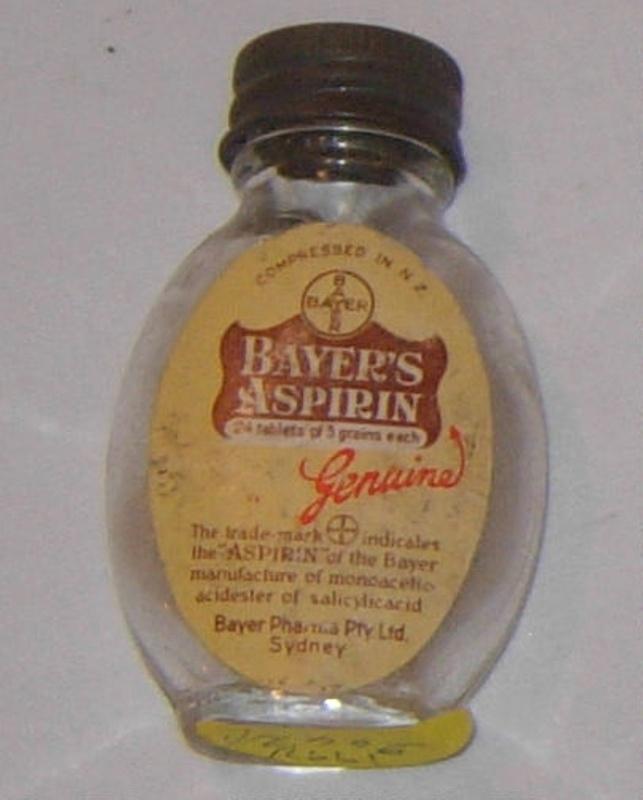 Glass bayer aspirin bottle year
