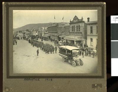 Armistice Day Parade, Waimate, 1918; 1918; 2002-1026-00116