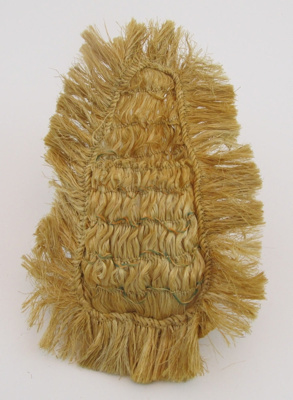 Kete, with 1 small pocket; unknown; 2011-013-0002