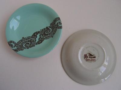 Air New Zealand Crown Lynn plates; Crown Lynn
