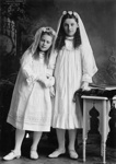 Portrait of two girls ; Gregory, George; circa 1910; O.022190