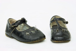 Child's shoes ; Unknown; 1900s; PC004055