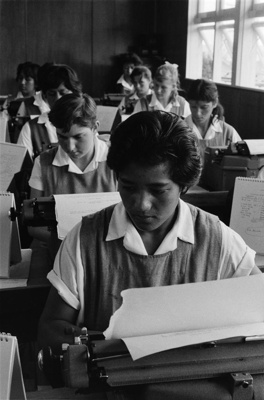 Girls in typing class at Kaitaia College ; Brake, Brian; 1960; E.005392/29