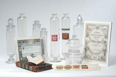 Display Jars, Circa 1885, 1999.89