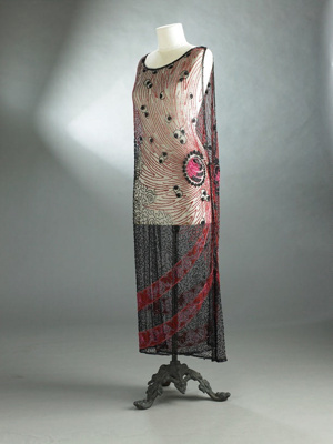 Overdress; red and black beading; 1920s; 1992/232/5