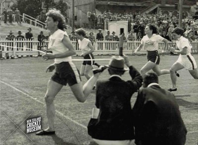 Photo (Digital): 1950s Athletics Meet at the Basin Reserve, 100 Yards Race; c1950s; 2015.24.5