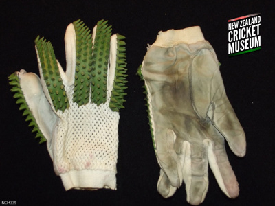 Gloves: early-20th Century batting gloves; c1928; NZCM335