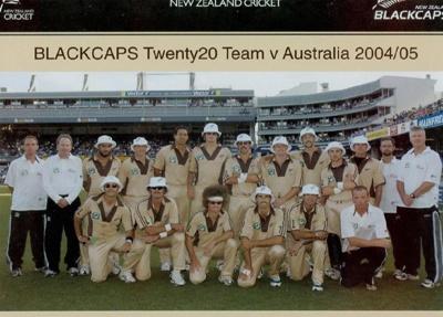 Photo: New Zealand Twenty20 Cricket Team v Australia, Eden Park, Auckland, 17 February 2005; Photosport; 17 FEB 2005; 2005.33.35