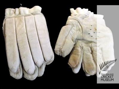 Gloves: Bert Sutcliffe's batting gloves; c. 1960; NCM1384