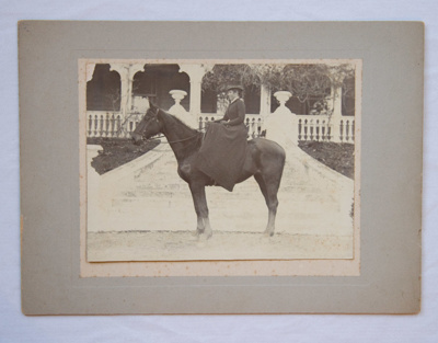 Photograph [Winifred Kerr Taylor]; 1896; XAH.GH.56