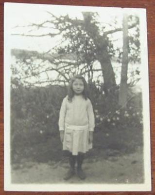 Photograph [Mary Flood]; c. 1900-1910; XCH.1557