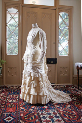 Wedding gown; XCH.63.1