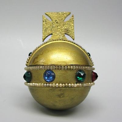 Regalia, The Queen's Orb; 2004.4903.32