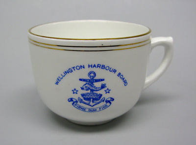 Cup; 1994.3724.333