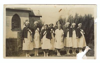 Photograph, Waikawa Red Cross Volunteers WWII; Unknown Photographer; 1940-1945; WW.1975.269