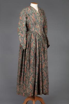 Dress, Paisley Patterned; Unknown maker; 1881?; WW.1993.786