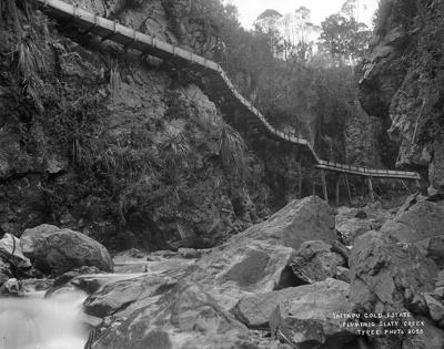 Taitapu Gold Estate Fluming Slaty Creek, circa 1895, T 182060/3