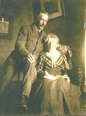 Mr Elliott and his mother.; PH2012.0049