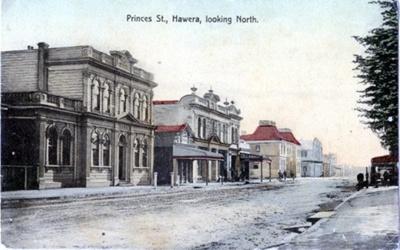 Photograph of Princes St Hawera looking North.; H.J.Finlay.; 2013.059