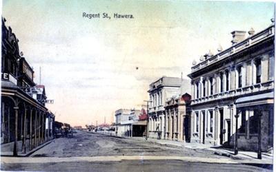 Photograph of Regent St Hawera.; H.J.Finlay.; 2013.0058.