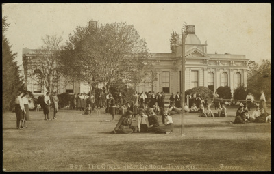 807. The Girls High School Timaru; Ferrier, William; 1898-1921; 2009/108.01