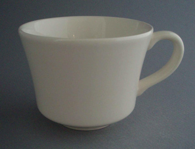 Cup; Crown Lynn Potteries Limited; 1982-1989; 2008.1.1184