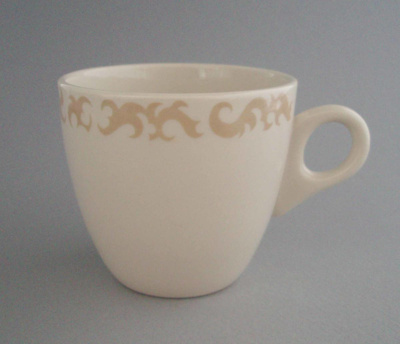 Cup; Crown Lynn Potteries Limited; 1963-1989; 2008.1.2649