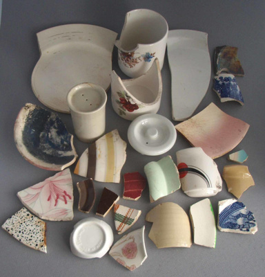 Shards; Crown Lynn Potteries Limited; 1955-1989; 2009.1.1721