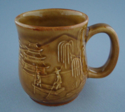 Mug - country scene; Titian Potteries (1965) Limited; 1976-1986; 2008.1.2276