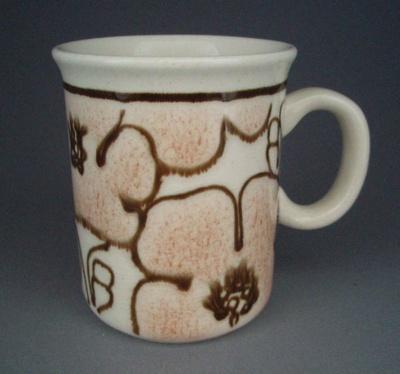 Mug - floral; Crown Lynn Potteries Limited; 1980-1989; 2008.1.2547