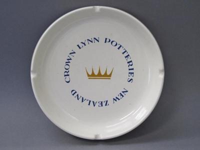 Ashtray; Crown Lynn Potteries Limited; 2016.16.8