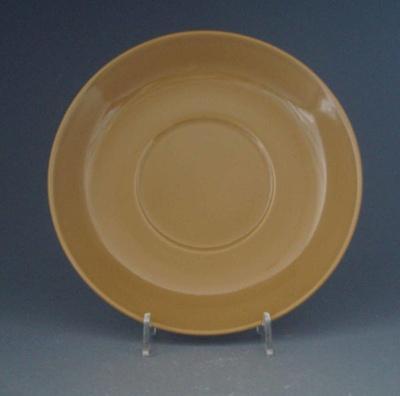 Saucer - Colour glaze; Crown Lynn Potteries Limited; 1963-1968; 2009.1.951