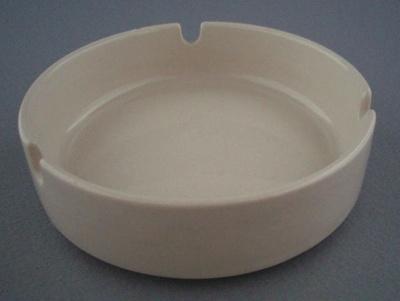 Ashtray; Crown Lynn Potteries Limited; 1985-1989; 2009.1.234