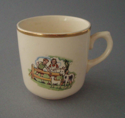 Child's cup - nursery theme; Crown Lynn Potteries Limited; 1948-1955; 2008.1.1298