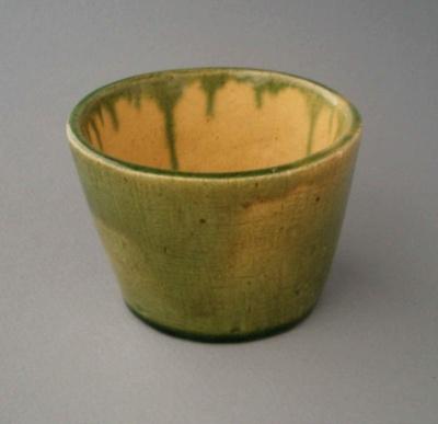 Pot - hand made; Amalgamated Brick and Pipe Company Limited; 1930-1948; 2008.1.366