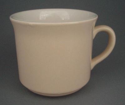 Cup - Colour glaze; Crown Lynn Potteries Limited; 1984-1989; 2008.1.1726