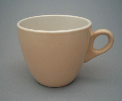 Cup; Crown Lynn Potteries Limited; 1964-1989; 2008.1.315