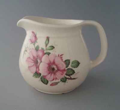 Jug - floral; Titian Potteries (1965) Limited; 1972-1979; 2008.1.1020