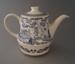Tea pot - Blue Willow pattern; Crown Lynn Potteries Limited; 1983-1989; 2008.1.1952.1-2