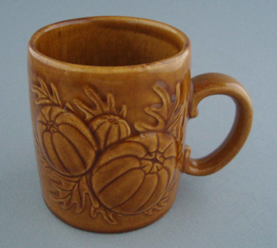 Mug - harvest; Titian Potteries (1965) Limited; 1974-1985; 2008.1.2294