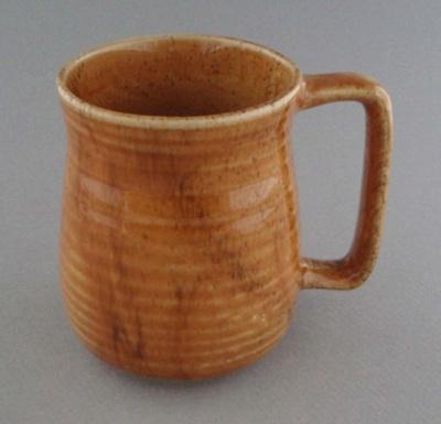 Mug; Luke Adams Pottery Limited; 1965-1975; 2008.1.1424
