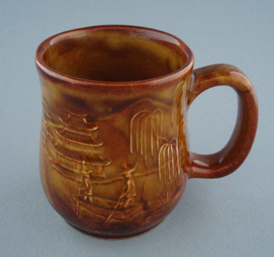 Mug - country scene; Titian Potteries (1965) Limited; 1976-1986; 2008.1.2274