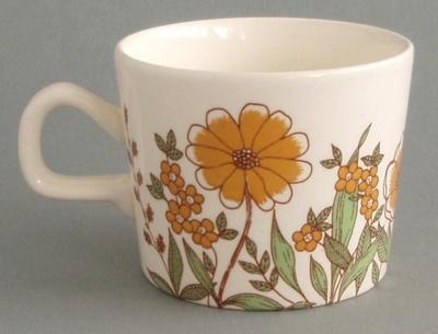 Cup - Hampton pattern; Crown Lynn Potteries Limited; 1978-1984; 2008.1.11