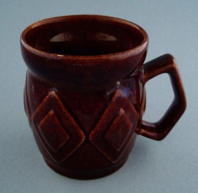 Mug - diamond; Titian Potteries (1965) Limited; 1975-1985; 2008.1.2288
