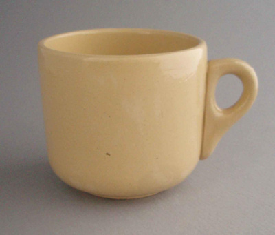 Cup; Amalgamated Brick and Pipe Company Limited; 1940-1950; 2008.1.814