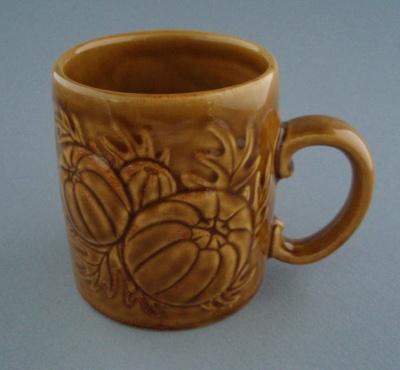 Mug - harvest; Titian Potteries (1965) Limited; 1974-1985; 2008.1.2293