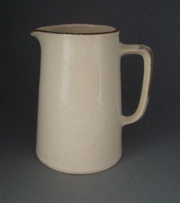 Jug; Crown Lynn Potteries Limited; 1960-1970; 2008.1.1012